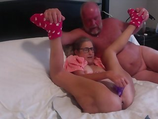 Hot MILF Masturbates With Big Gabble Has Huge Torturous Butt Plug Inserted