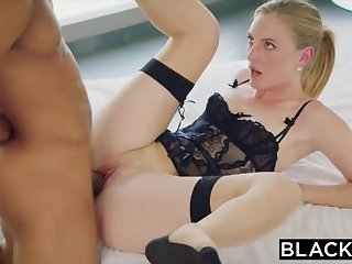 Sugar female likes to one's liking anal sex