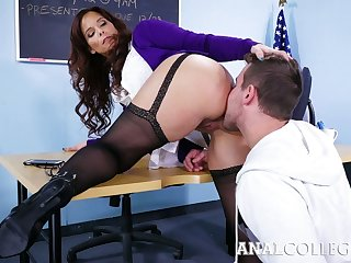 Lewd teacher with big boobs Syren De Mer turned to loathing insatiable anal slattern