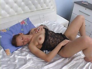 Babe with anal charm getting her asshole fucked with black cock