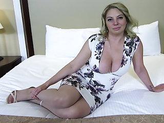 Big ass and titties flaxen-haired MILF