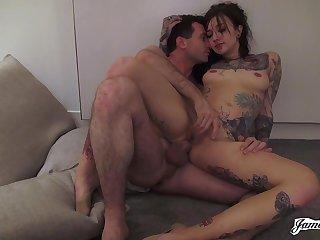Inked Kelsi Lynn crazy hot porn video