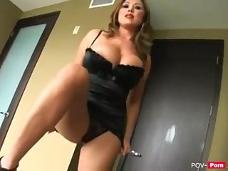 Steaming added to super-naughty Milf Stepmother entices her Stepson to have fuck-fest - Catch on View-porno.net